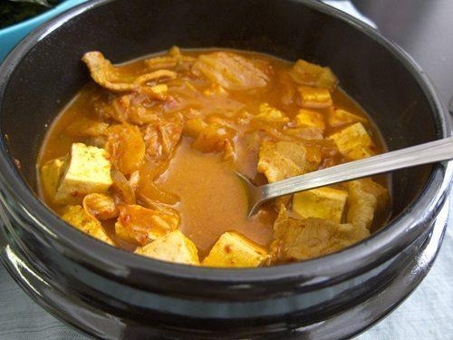 Korean Comfort Food: Kimchi Jjigae | Stephanie Drenka