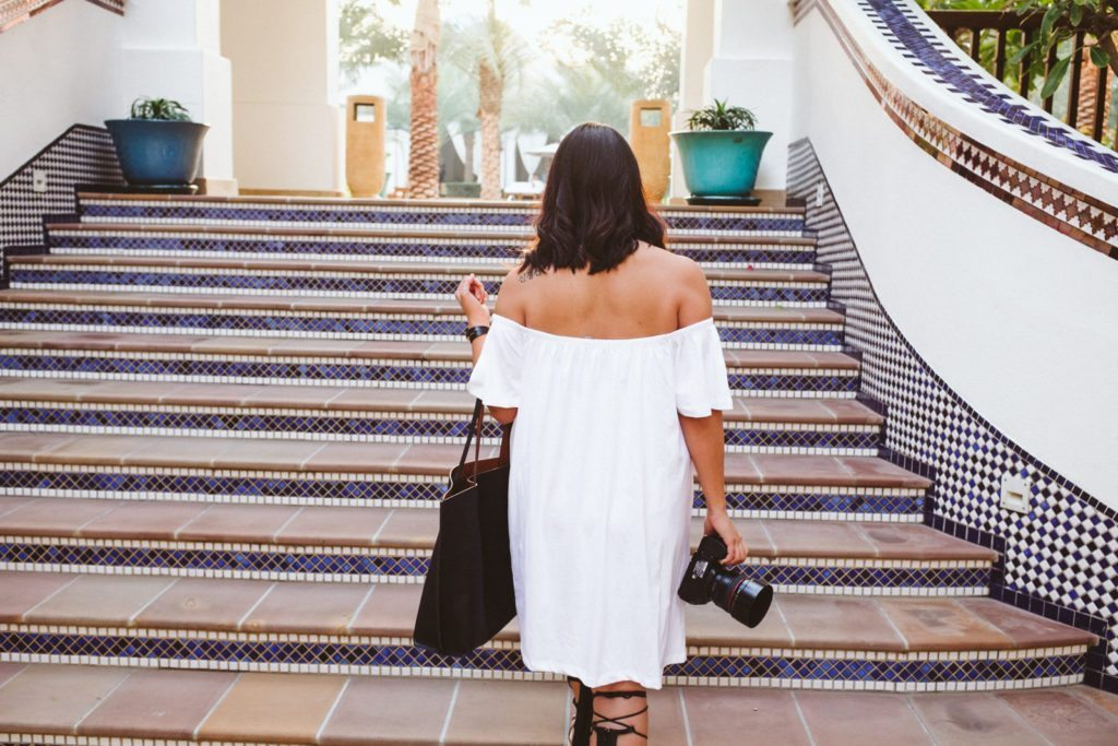 off-the-shoulder-white-dress-park-hyatt-dubai-8436