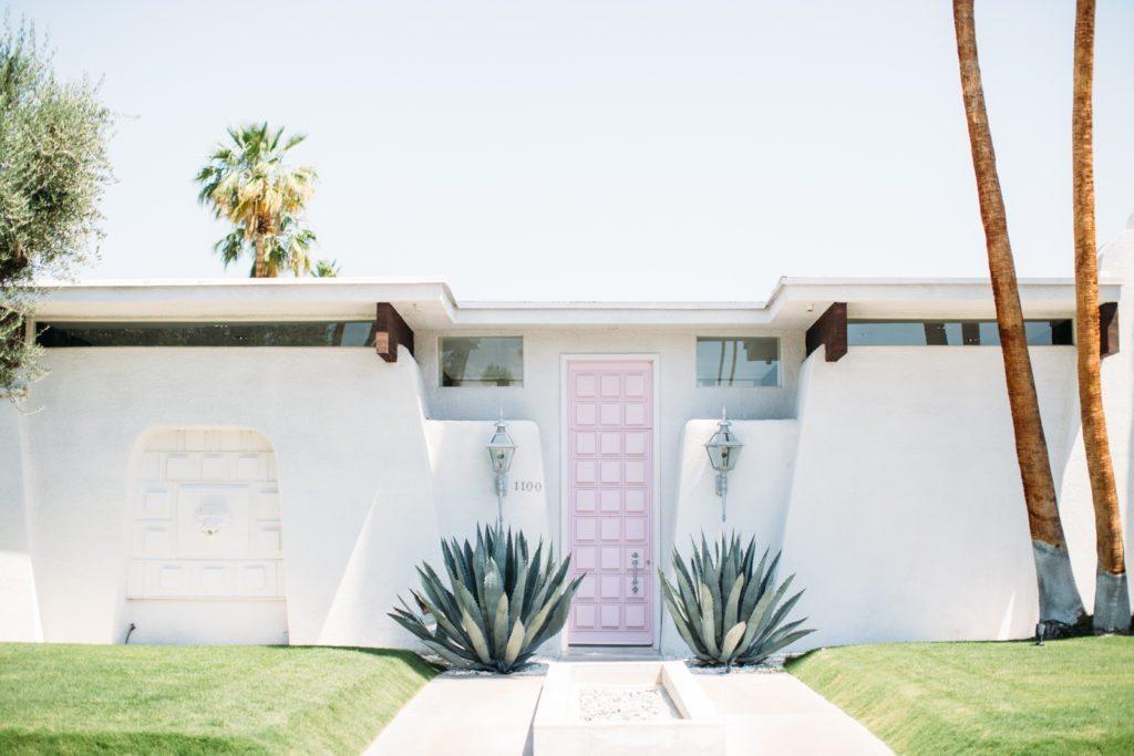 that-pink-door-palm-springs-9588