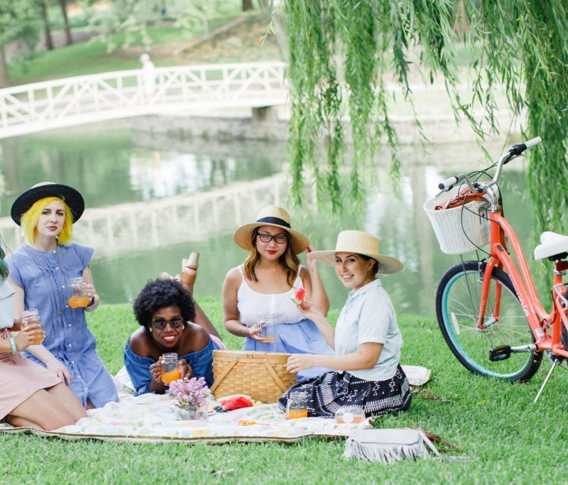 Diversity Chic: Sunday in the Park | Stephanie Drenka