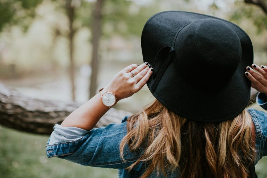 Gifts for Her // Fossil Q Hybrid Smartwatch | Stephanie Drenka