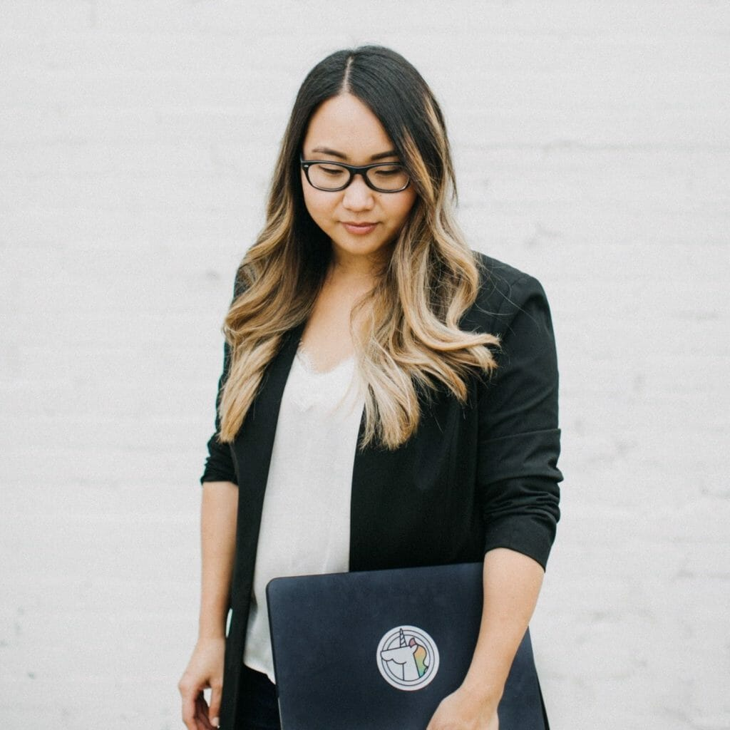 Stephanie Drenka - Dallas Fashion Blogger