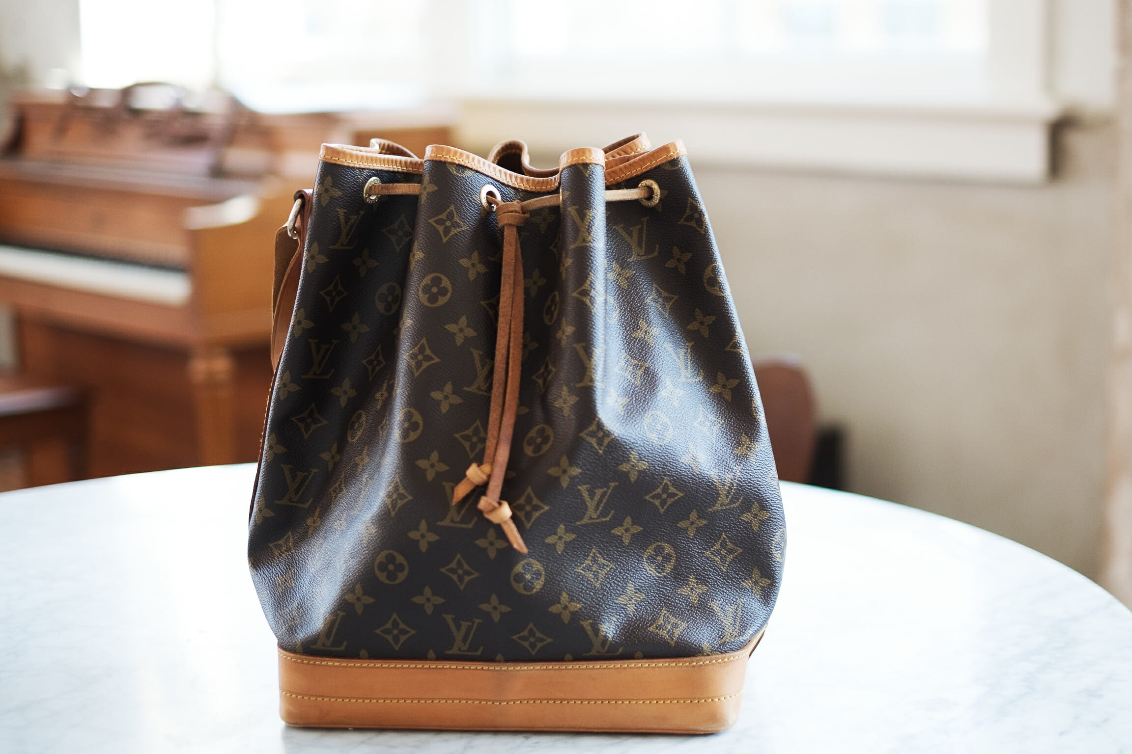 3d1b0299289 Speaking as a relative luxury newbie, I've become quite addicted to Louis  Vuitton bags and accessories this past year. I've already shared a glimpse  of my ...